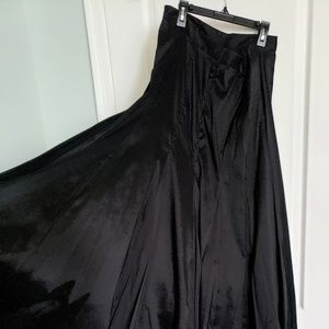 Long flowy black tafetta skirt